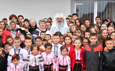 La începutul noului an şcolar, Patriarhul Daniel adresează un mesaj pentru elevi, părinţi şi cadre didactice